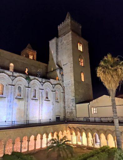 cattedrale cefalu di notte 4